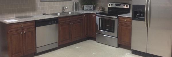 Perfect Sale Of The Week: 10% Off 2cm Granite Countertops!